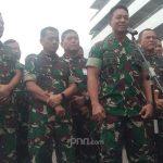 KSAD Jenderal TNI Andika Perkasa (depan)