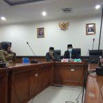 Konferensi pers terkait Anggota DPRD Jabar pemberi surat rekomendasi PPDB online diberikan sanksi lisan (arf)