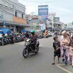 Suasana-di-Jalan-A-Yani-Kota-Sukabumi