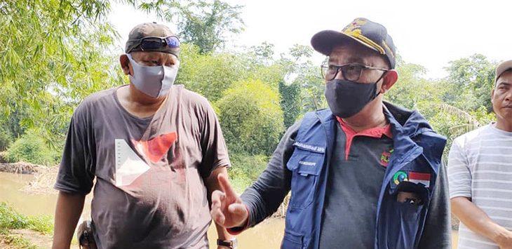 Walikota Depok, Mohammad Idris saat meninjau lokasi Kali Angke, Kelurahan Duren Mekar, Kecamatan Bojongsari, beberapa waktu lalu.