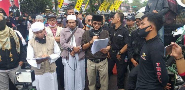 Aksi Forum Mujahid di Polres Kota Tasikmalaya./Foto: Istimewa