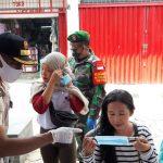 Satpol PP Kota Bogor Razia Masker di Seputaran Kebun Raya Bogor