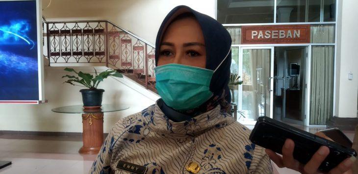 Kepala Dinas Kesehatan Kabupaten Cirebon Enny Suhaeny. Bima