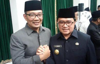 Kadis Kelautan Jabar M Solihin bersama Ridwan Kamil beberapa waktu lalu (ist)