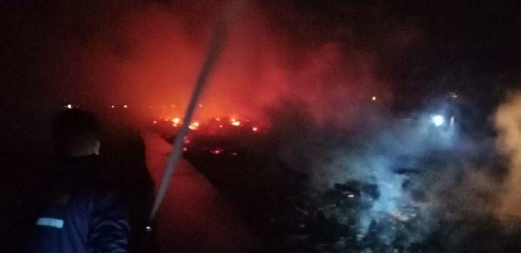 Kebakaran kandang ternak ayam di Desa Bakung Kidul./ Foto: Istimewa