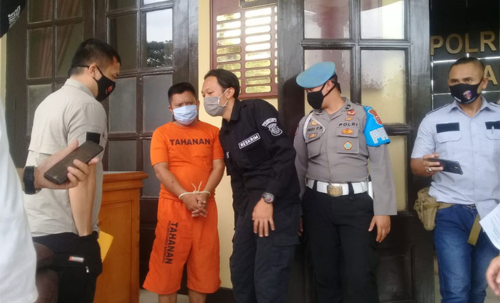 Pria-di-Bandung-ngaku-polisi