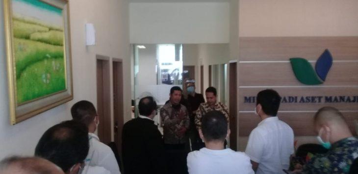 Puluhan orang geruduk Minna Padi Aset Manajemen Jawa Barat (foto arif)