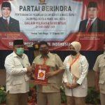 DPD Partai Gerindra Jawa Barat memberikan surat rekomendasi pasangan Ahmad Zamaksyari - Yusni Rinzani