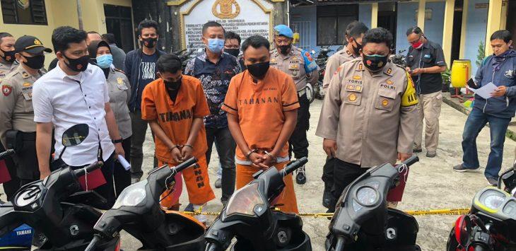 Polres Cimahi berhasil mengungkap kasus pencurian kendaraan bermotor, yang dilakukan oleh pelaku curanmor 100 kali di wilayah Bandung Barat dan Cimahi.