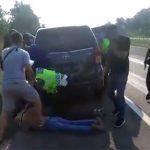 Polisi-Tangkap-Pelaku-Kejahatan-di-Jalan-Tol