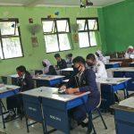 Siswa SMPN 2 Bekasi Mulai Belajar di Sekolah Mulai Hari Ini
