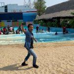 Ade Londok di Cikao Park Purwakarta