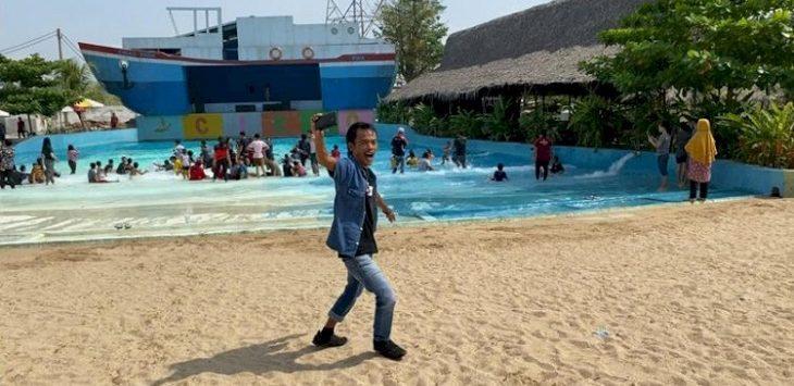 Ade Londok di Cikao Park Purwakarta./Foto: Rmol