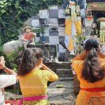 Galungan di Kampung Bali