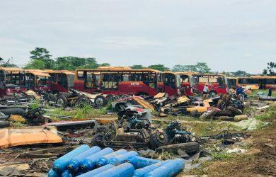 Bus Transjakarta era Gubernur Jokowi yang mulai dicincang (ist)