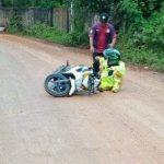 Jalan di Desa Jayasampurna Super Licin Gara-Gara Proyek Galian Tanah Ilegal 2