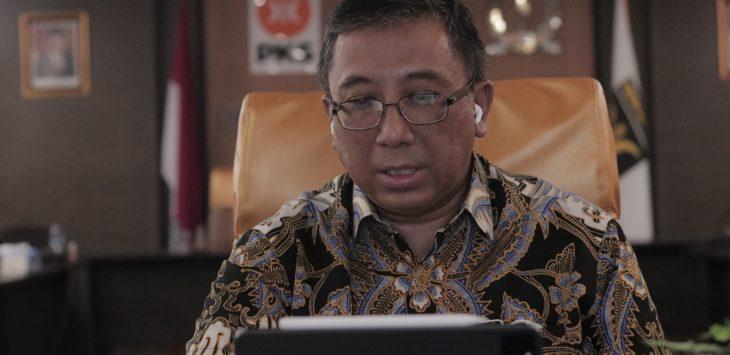 Ketua DPW PKS Jabar yang juga Ketua Fraksi PKS DPRD Jabar, Haru Suandharu. Arif