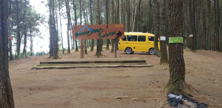 Tempat wisata Bukit Senyum Bandung Barat. Arif