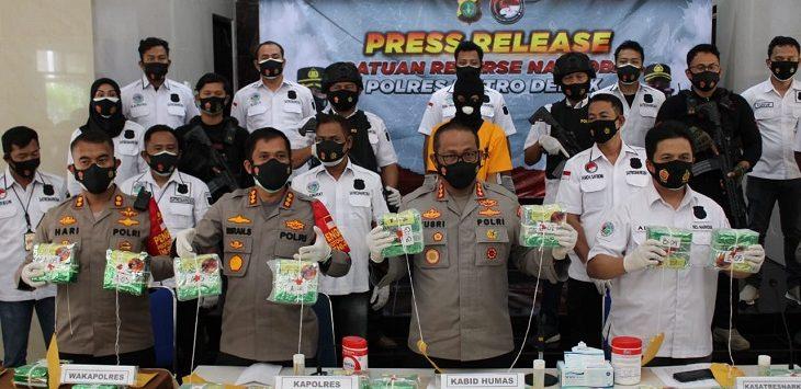 Polres Metro Depok ungkap kasus narkoba, Mapolres Metro Depok, Senin (18/1/2021)./Foto: Istimewa