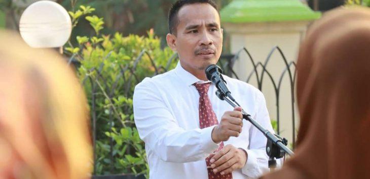 Kepala Dinas Pendidikan Kabupaten Purwakarta, Purwanto saat memimpin upacara bebrapa waktu lalu sebelum pandemi covid19