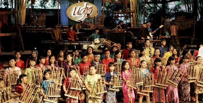 Pentas seni kebudayaan di Saung Angklung Udjo. Istimewa