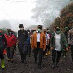 Tinjau-Banjir-Bandang-Gunung-Mas-Puncak-Bogor
