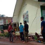 Pergeseran tanah di Tasikmalaya