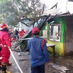 Api Lahap Rumah Ketika Ditinggal Penghuninya