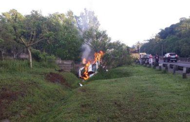 Ferrari terbakar di ruas Tol Cipularang