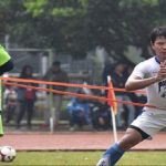 Pemain Persib Bandung, Achmad Jufriyanto saat menjalani latihan