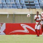 Winger PSS Sleman Irfan Jaya mencetak gol melalui tendangan bebas saat berhadapan dengan Madura United