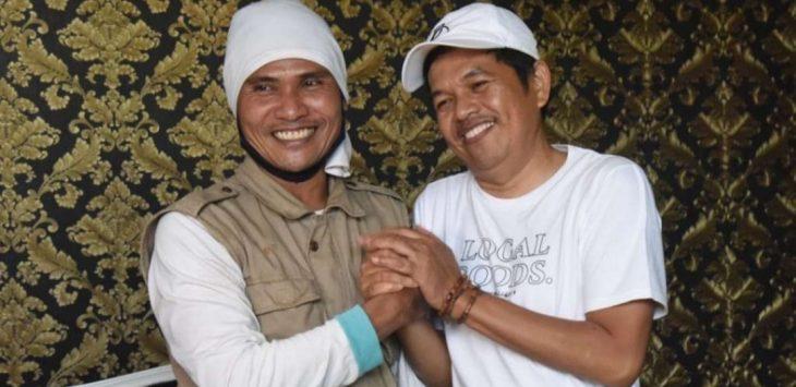 Mantan narapidana Terorisme Agus Marsal, saat berfoto dengan Anggota DPR RI Dedi Mulyadi.