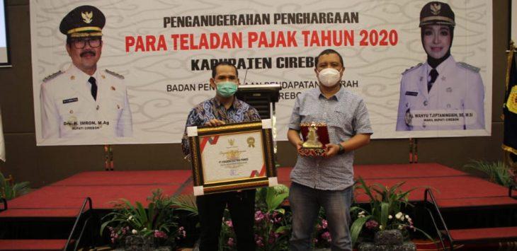 Cirebon power. Dede