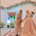 Pengantin perempuan hamil saat mengadakan resepsi nikah di Bogor