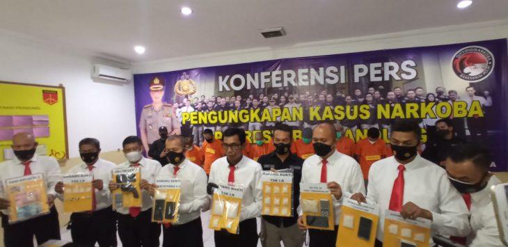 Sat Narkoba Polrestabes Bandung berhasil jaringan narkotika di Bandung.
