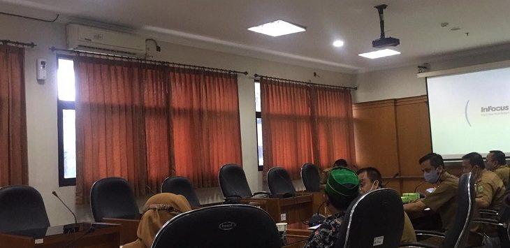Perwakilan umat Islam Karawang terkait rapat Pansus Perda Miras, Senin (31/5/2021)./Foto: Ega
