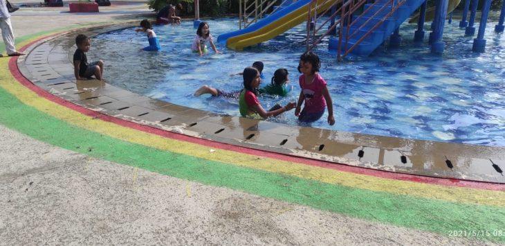 Suasana Kolam renang Superslash Waterpark Kartika Residence, Sabtu (15/5/2021)./Foto: Istimewa