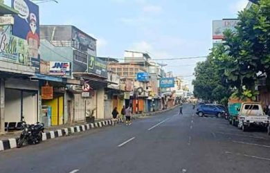 pusat-perekonomian-di-Jalan-A-Yani