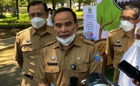 Kepala Disdukcapil Kota Bandung, Tatang Muhtar